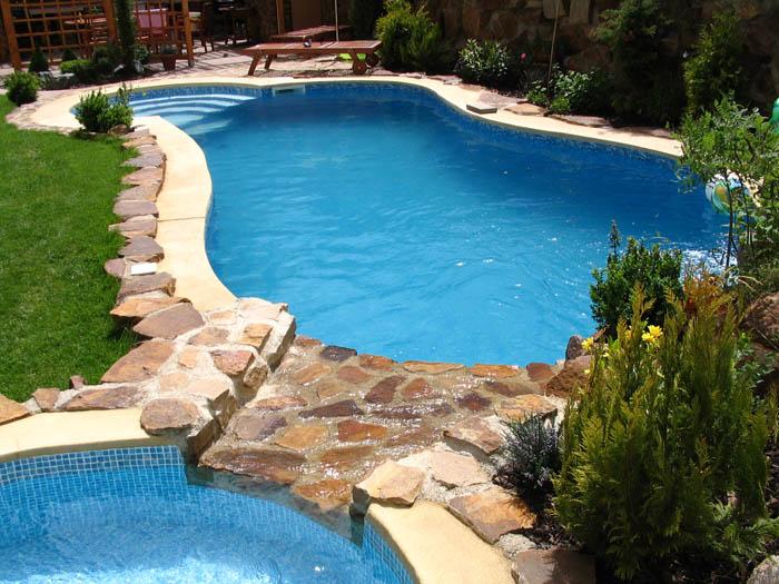 6dfd0e7ab0 V bazéne treba udržiavať čistotu - Móda